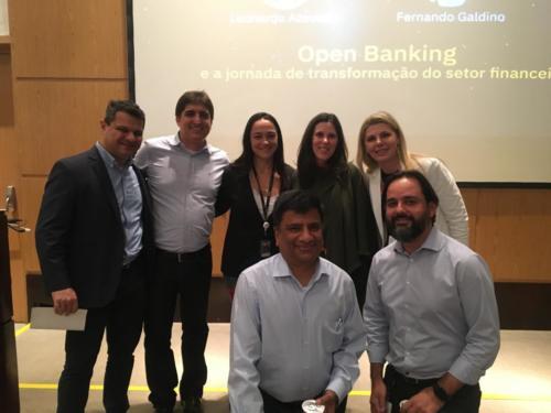 BLUETALKS - MEETUP - OPEN BANKING